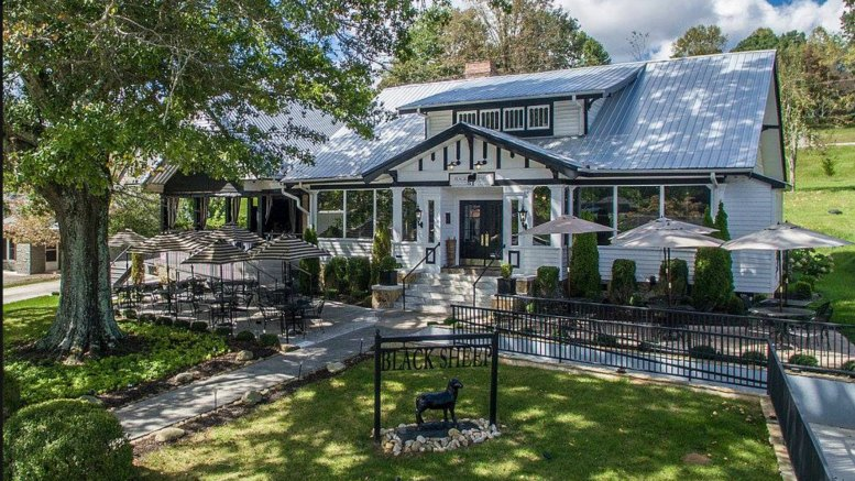 These 27 Blue Ridge Restaurants Showcase Culinary Delight In